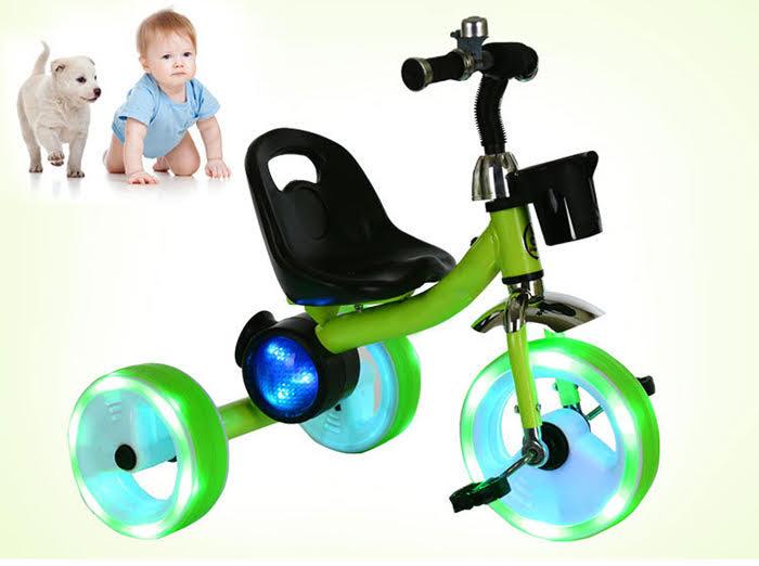 xe đạp trẻ em có đèn bánh xe 5567