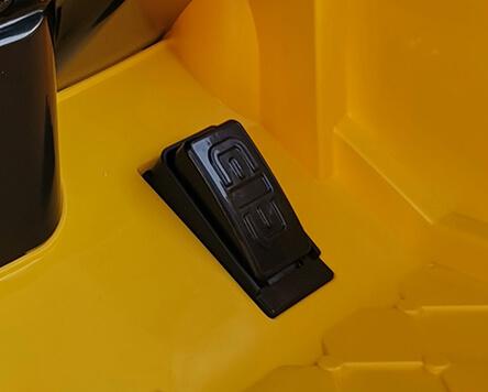 ô tô điện giá rẻ cho bé NEL-603