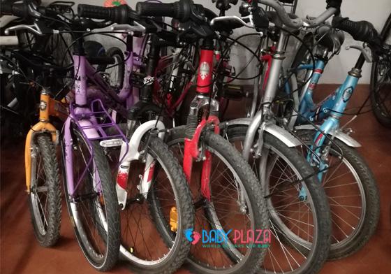 cửa hàng bán xe đạp cũ