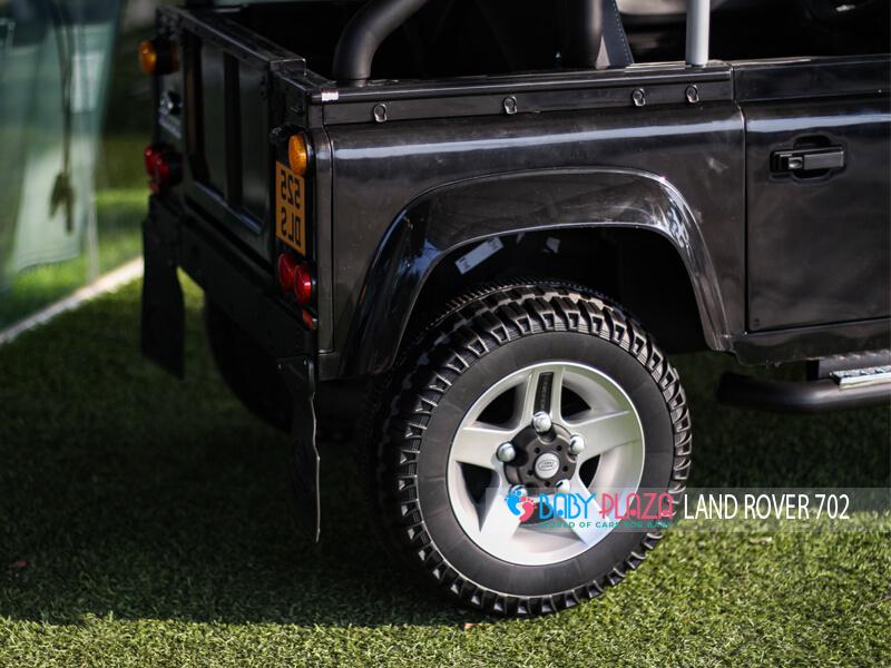 xe ô tô điện dành cho trẻ em Land Rover 702