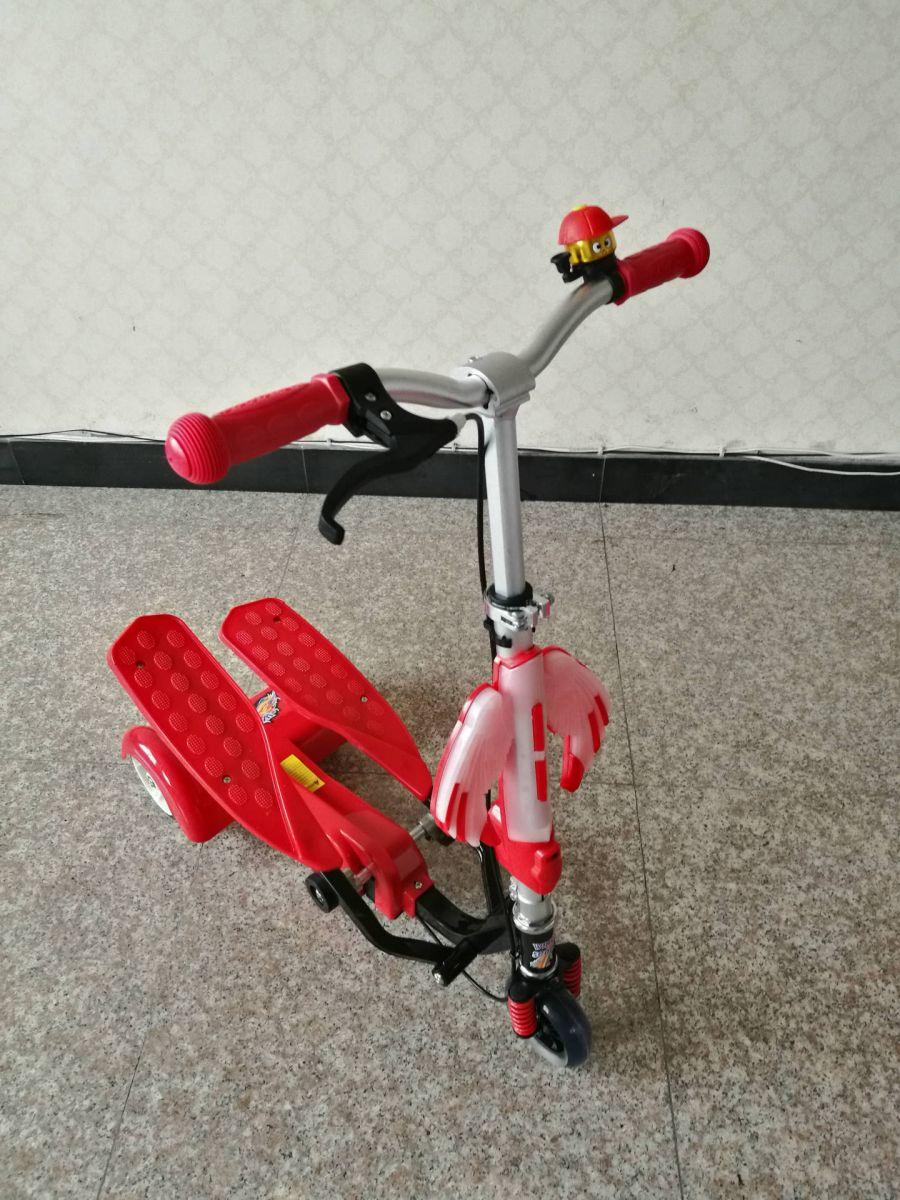 Xe trượt Scooter đạp chân LZ-012