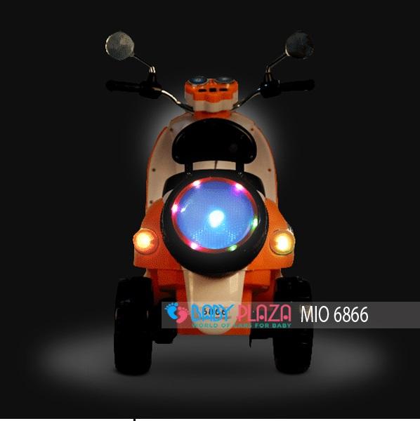 xe máy điện vespa 6688