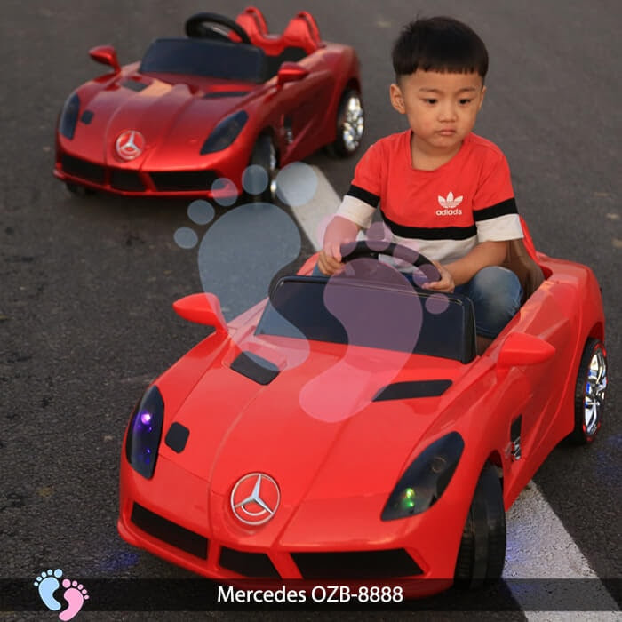 ô tô điện trẻ em OZB-8888