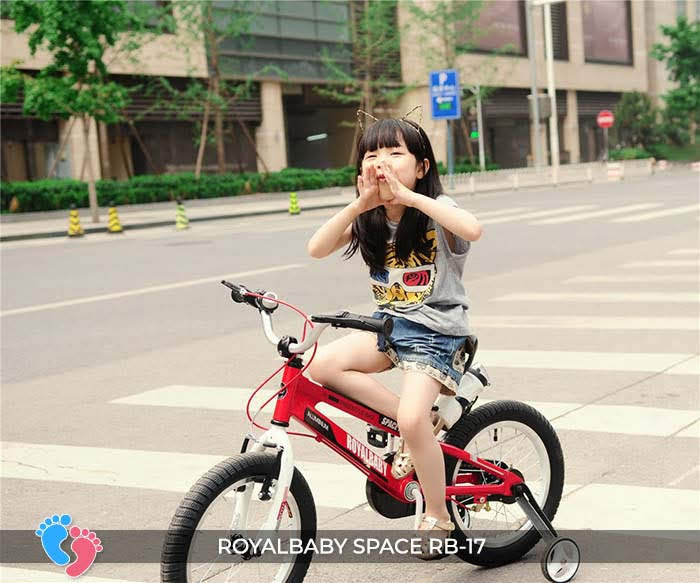xe 2 bánh có bàn đạp cho bé royabayby