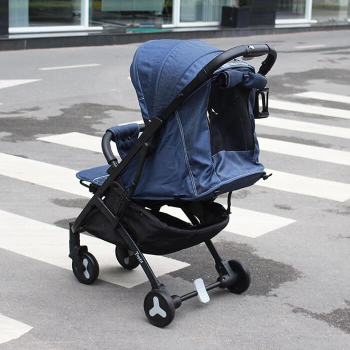 xe đẩy cho trẻ em gấp gọn topbi S600
