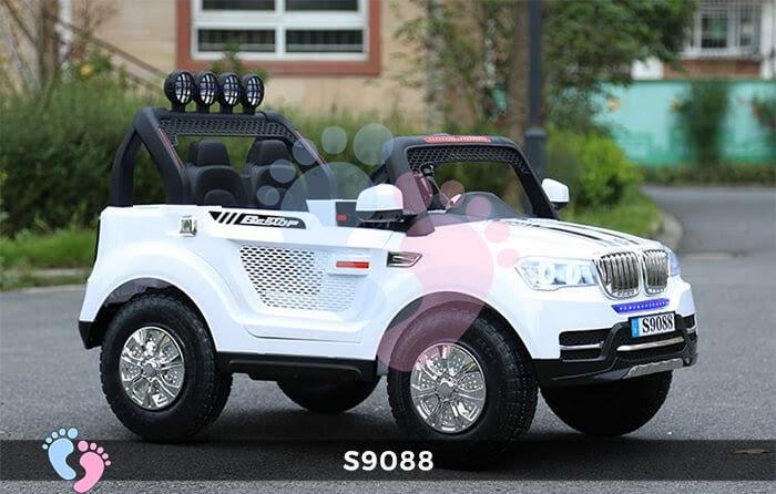 xe ô tô chạy điện cho trẻ em S9088