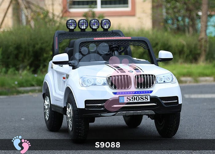 ô tô điện cho bé 4 động cơ S9088