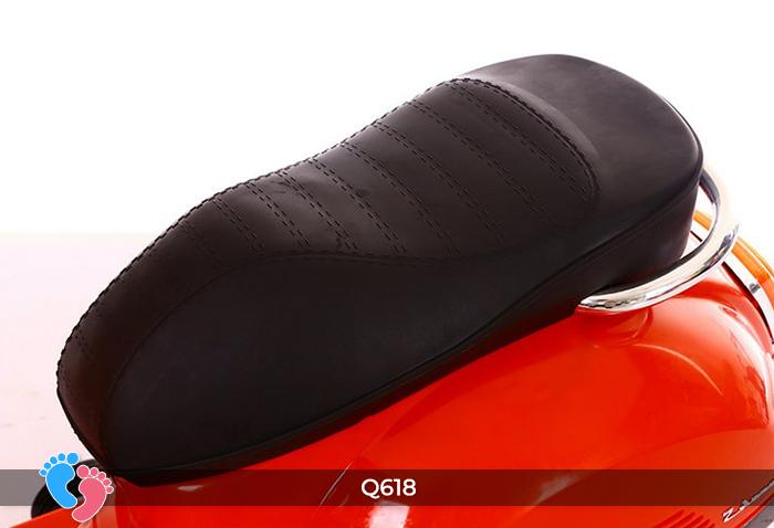 xe vespa chạy bằng điện cho bé q618