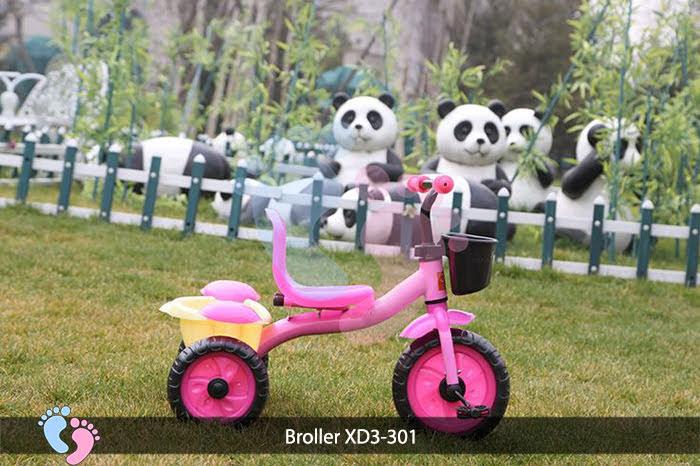 xe 3 bánh có bàn đạp cho bé xd 301